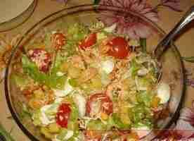 Салат цезарь с креветками и семгой пошаговый рецепт